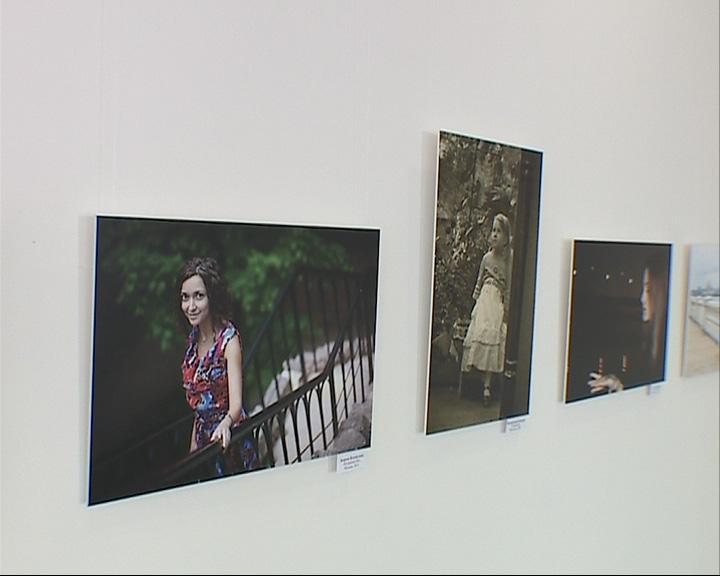 Выставка портретов в «Миллениуме»