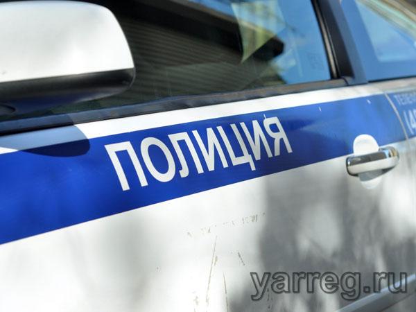 Задержан подозреваемый в поджоге машины в центре Ярославля