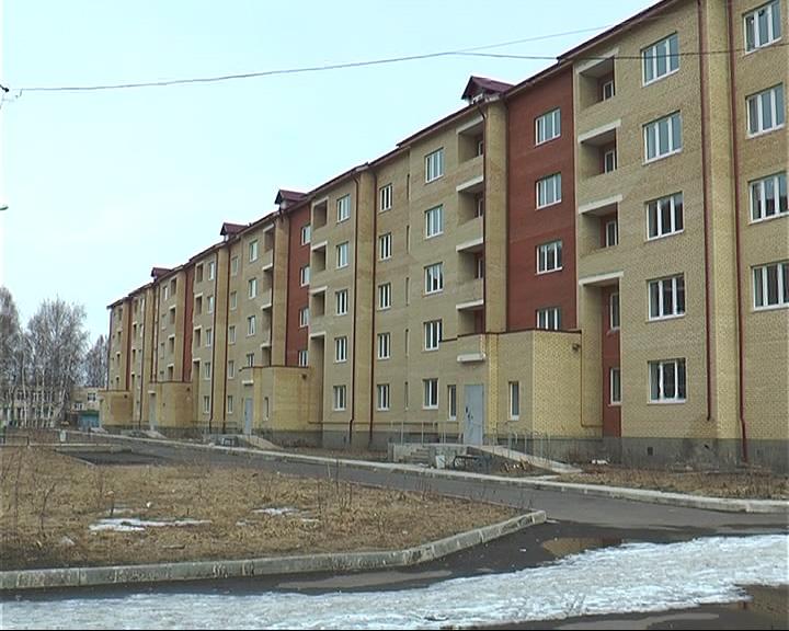 В новом доме в Переславле поселились бомжи