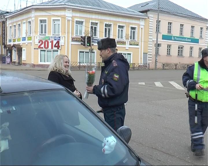 Женщин-водителей сегодня поздравляли и в Переславле
