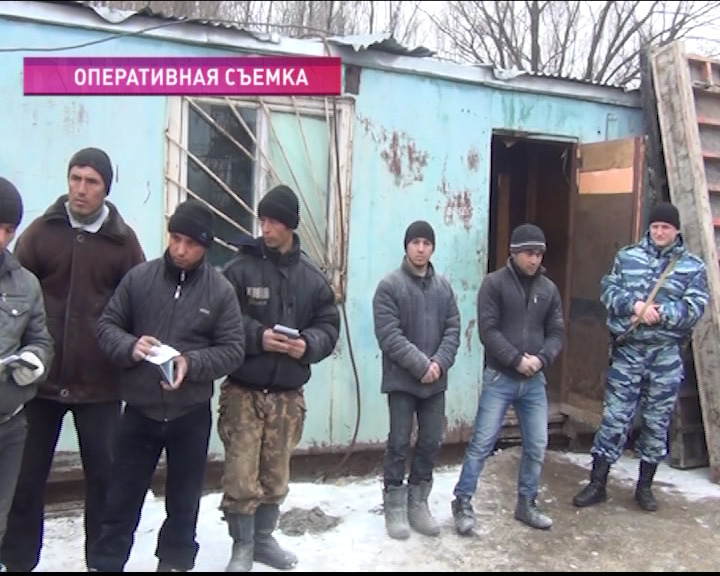 В Брагино 11 граждан Таджикистана трудились без разрешения на работу