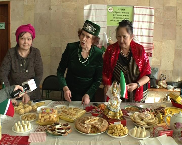 В ДК Добрынина открылся фестиваль национальной кухни