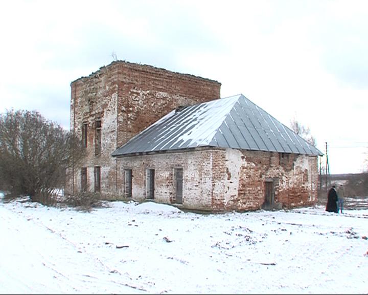 Жители сел восстанавливают церковь, построенную в конце 18 века