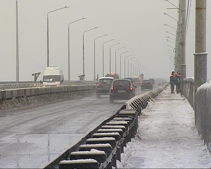В полночь Октябрьский мост будет закрыт