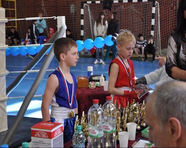 Завершился областной юношеский турнир по боксу