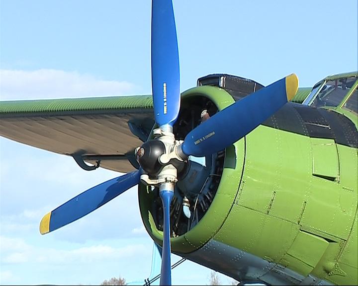 Рыбинские парашютисты дождались самолета