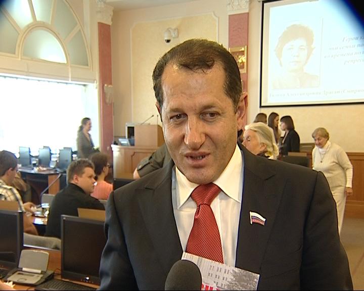 Избит депутат муниципалитета Миша Халтян