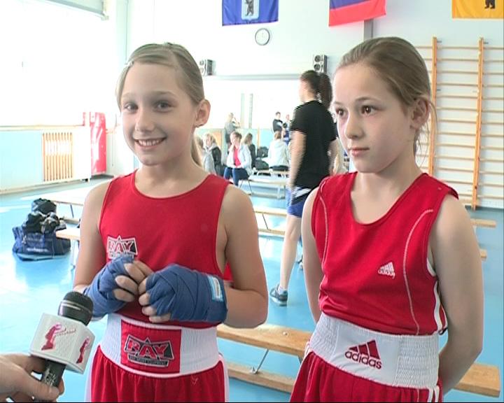В Ярославле стартовал второй турнир по боксу среди девушек