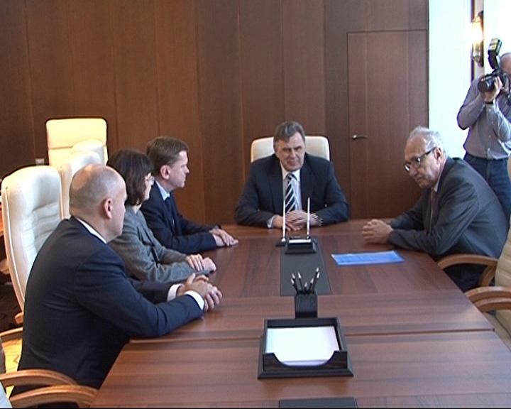 Сергей Ястребов встретился с министром финансов Крыма
