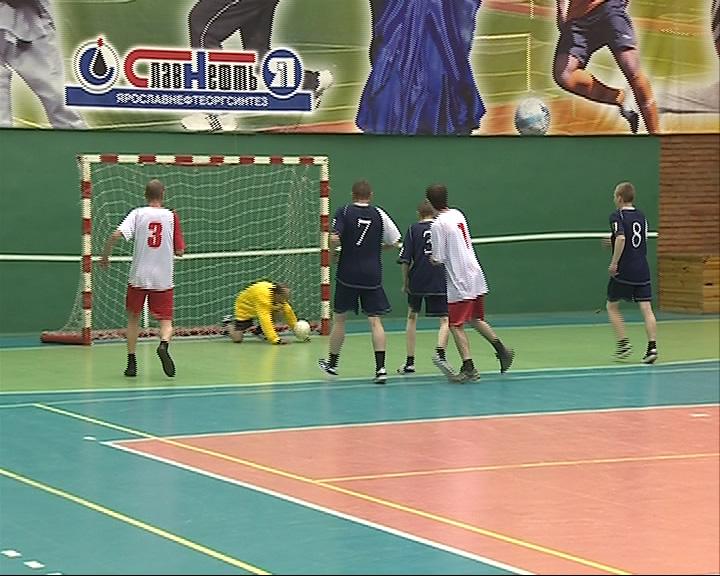 Футбольный матч между ярославскими бездомными заинтересовал УЕФА