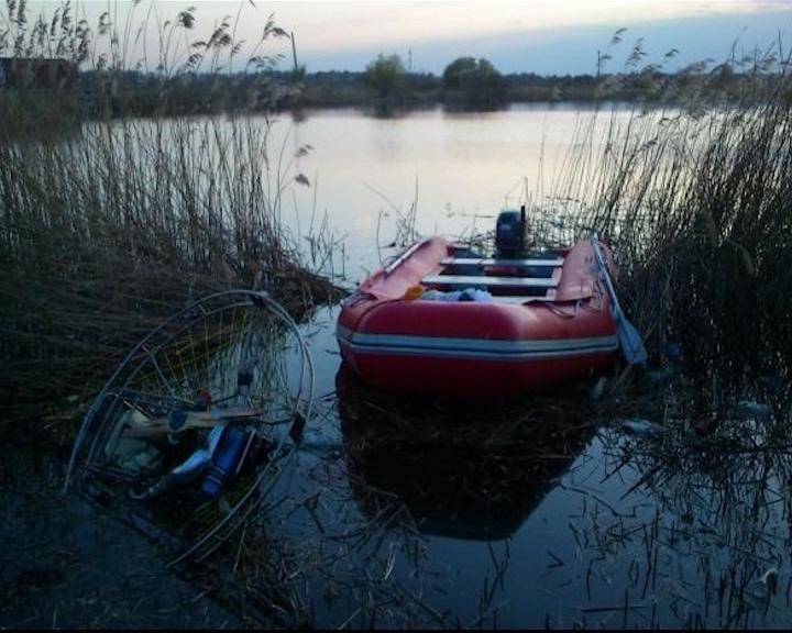 В Ярославле разбился мотопарапланерист