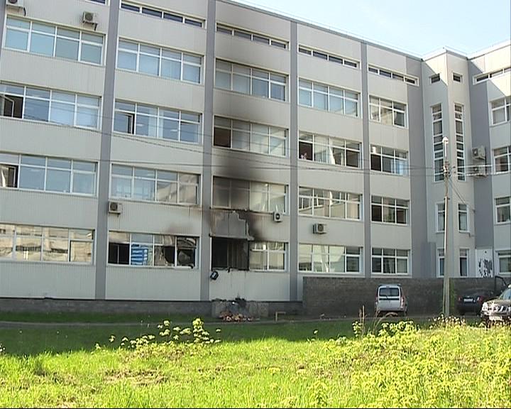 В центре Ярославля ночью сгорел офис
