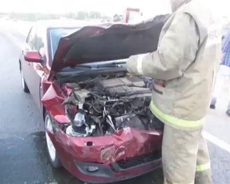 Десяток аварий, пострадавших еще больше