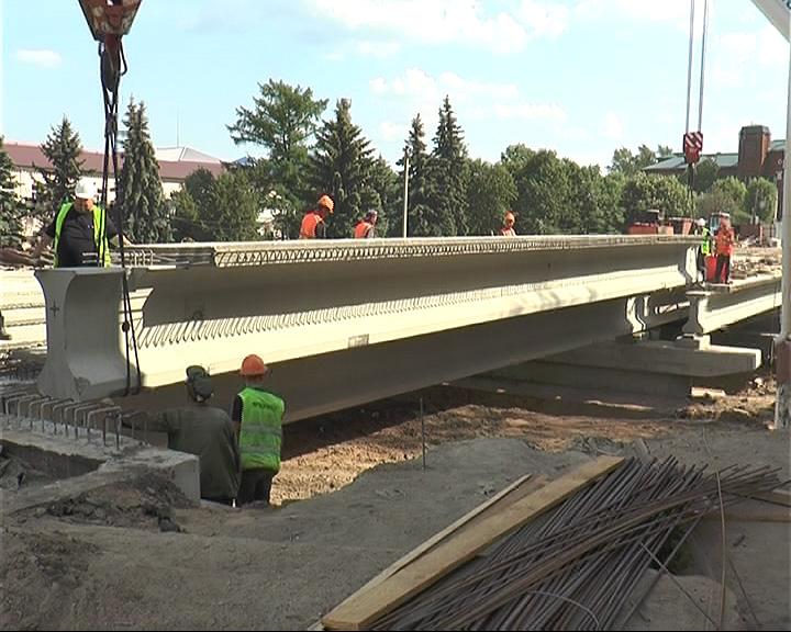 В Переславле завершаются работы на мосту через реку Трубеж