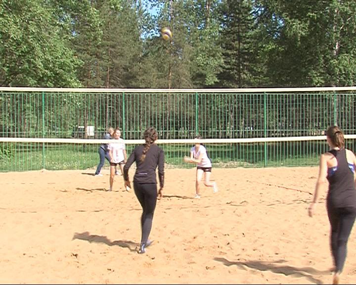 Стартовало первенство области по пляжному волейболу