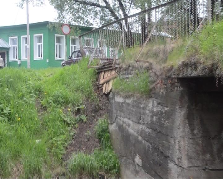 В Пошехонье в срочном ремонте нуждаются два моста
