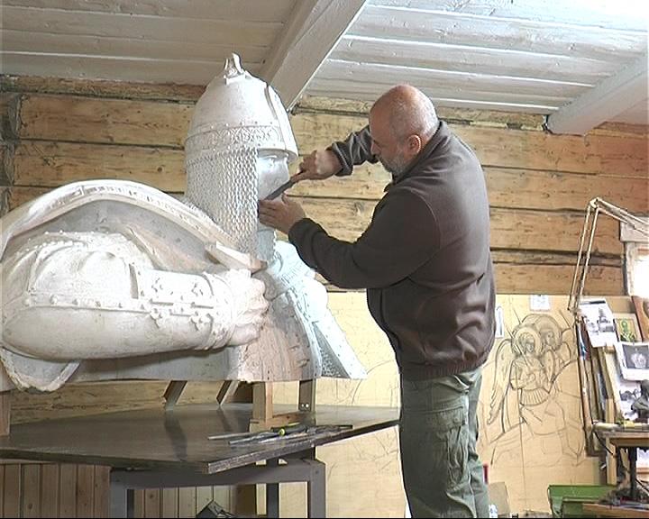 В Переславле продолжается работа над скульптурой Александра Невского