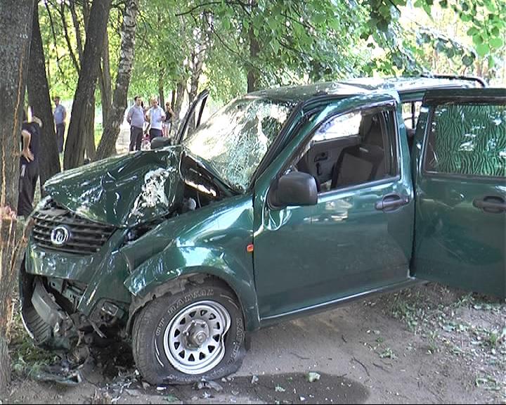Жители Переславля устроили стрельбу на дороге