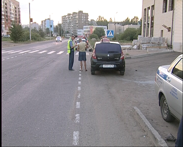 Патрульная машина ГИБДД дежурила в Тутаеве