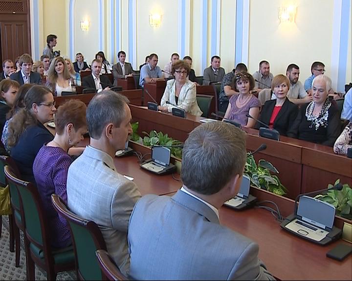 Выпускники программы подготовки управленческих кадров получили свои дипломы