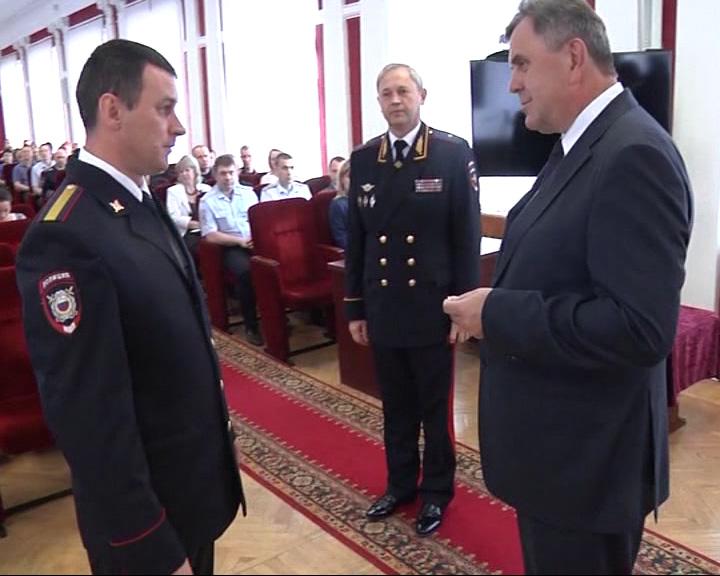 Сергей Ястребов и Николай Трифонов поздравили сотрудников Министерства внутренних дел