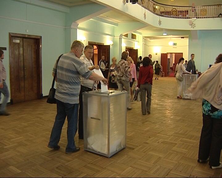 Кандидаты знакомят избирателей со своей программой