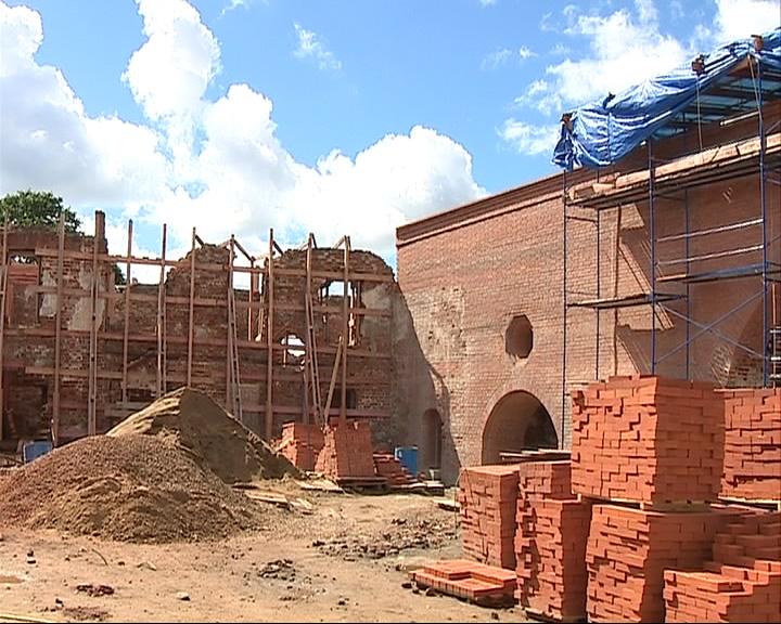 Новый этап реставрации конюшенного двора 17 века