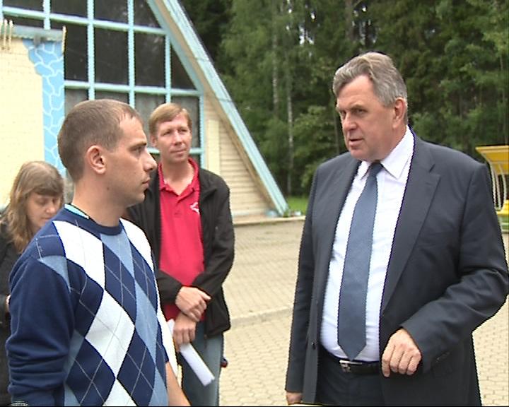 Губернатор встретился с переселенцами из Украины