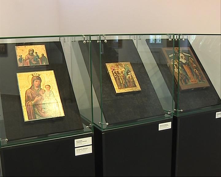 Открылась выставка «Похвала Богоматери»