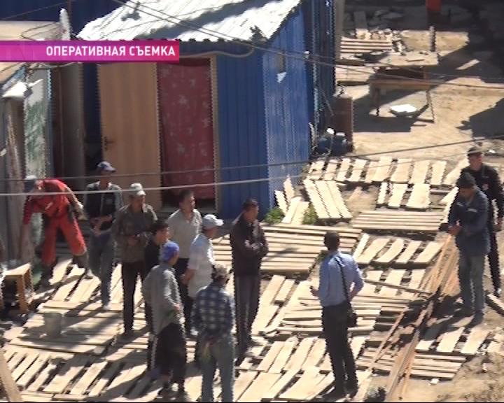 Нелегалы-строители из Узбекистана возводили в городе многоэтажный дом