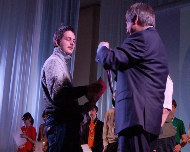 Переславец выиграл на международной олимпиаде по математике