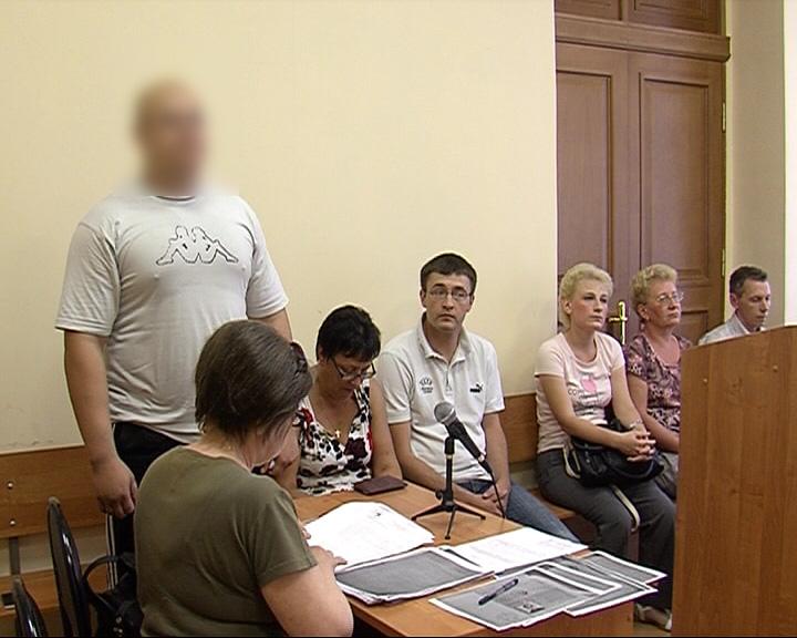 За гибель собственного друга получил 2,5 года колонии общего режима и 700 тысяч рублей в виде компенсации морального вреда