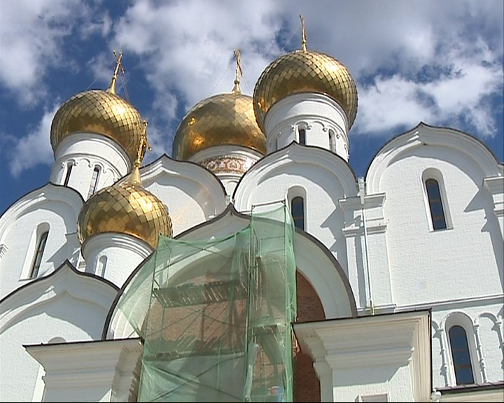 В Успенском соборе Ярославля начинаются работы по установке новой иконы.