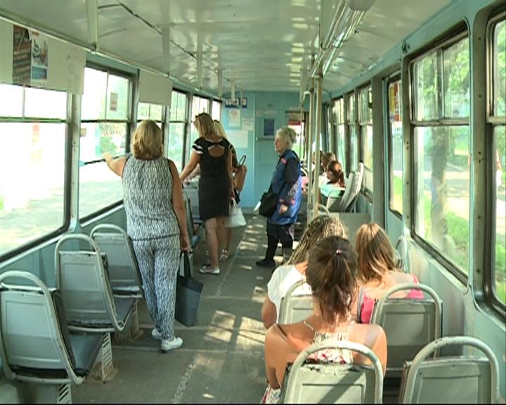 Питерский транспорт пример Ярославлю
