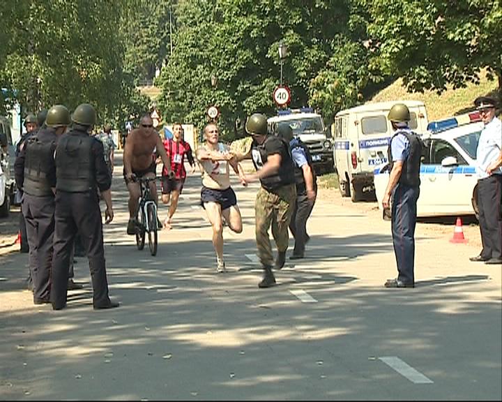 Эстафета полицейских
