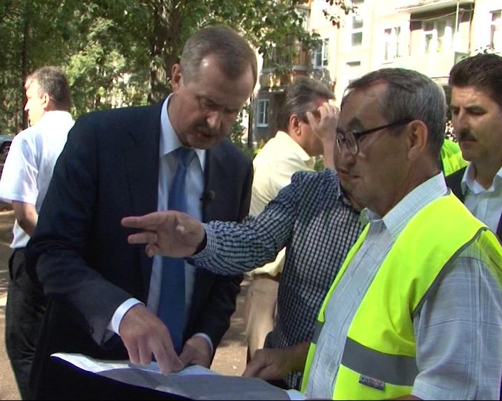 Александр Князьков: нужен комплексный ремонт дворов