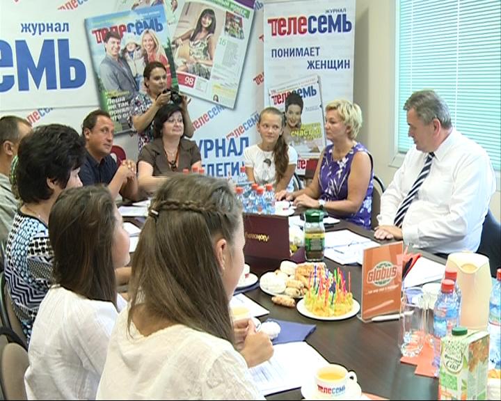 Сергей Ястребов провел неформальную встречу с будущими первоклассниками и их родителями