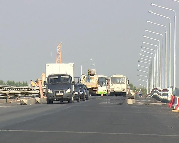Октябрьский мост испытали на прочность