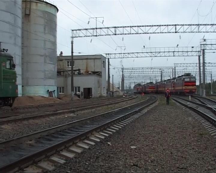 На территории локомотивного депо обнаружена женщина с рублеными и резаными ранами