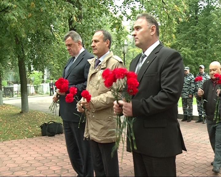Почтили память героев, погибших на Северном Кавказе