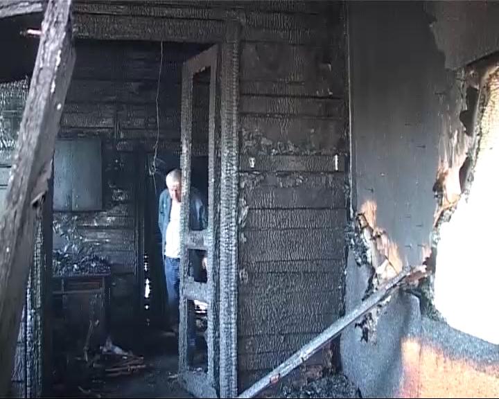 Сгорел дом, где жил известный советский актер Алексей Смирнов