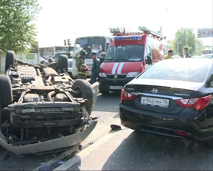 На проспекте Октября произошла авария: есть погибший