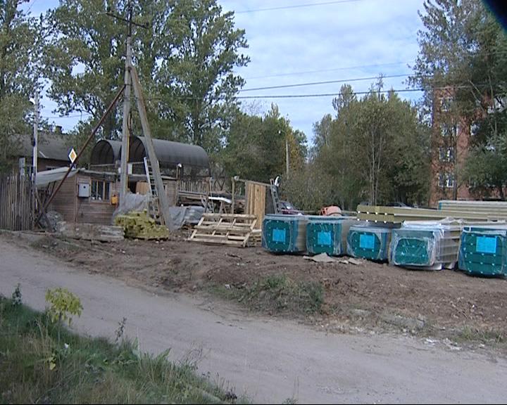 От удара током на строительной площадке умер рабочий