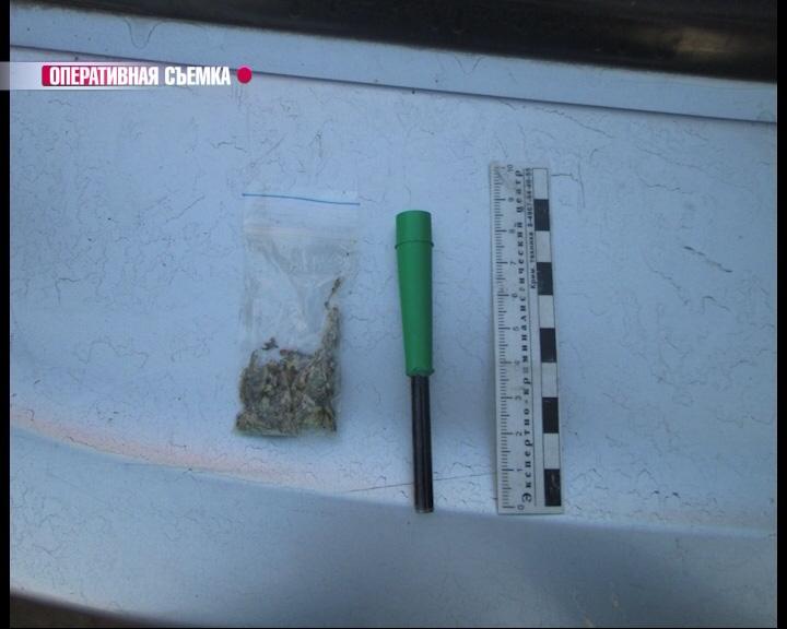 Двоих жителей Рыбинска поймали со спайсом