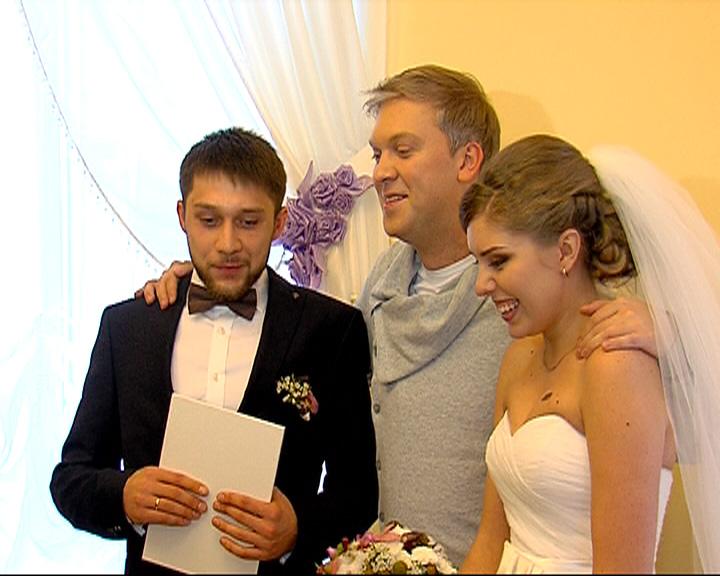 Сергей Светлаков приехал в Ярославль, чтобы поздравить молодоженов