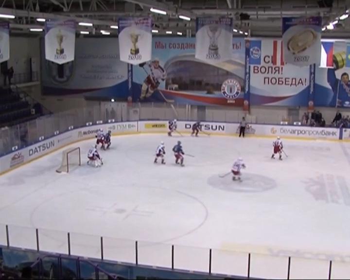 «Локо» одержал десятую победу подряд в МХЛ