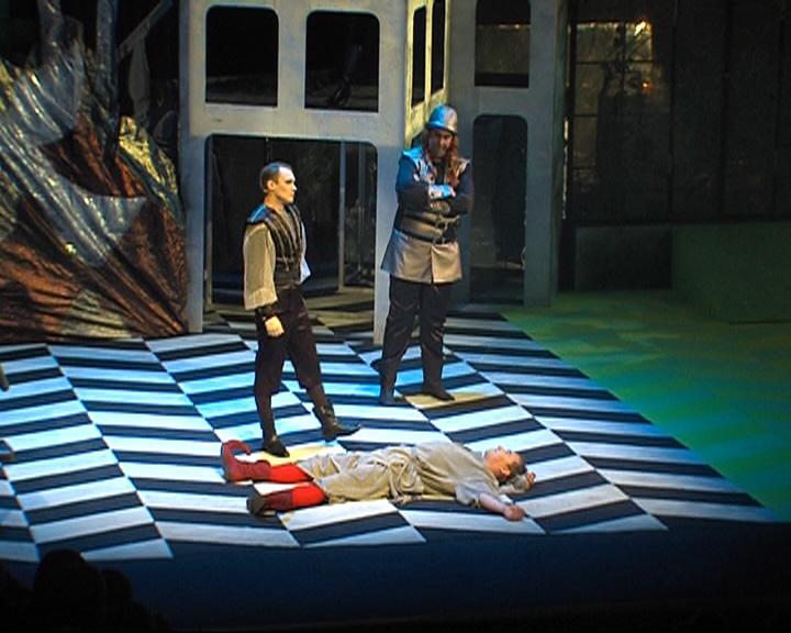 На сцене ярославского ТЮЗа прошла премьера сказки «Хрустальное сердце»