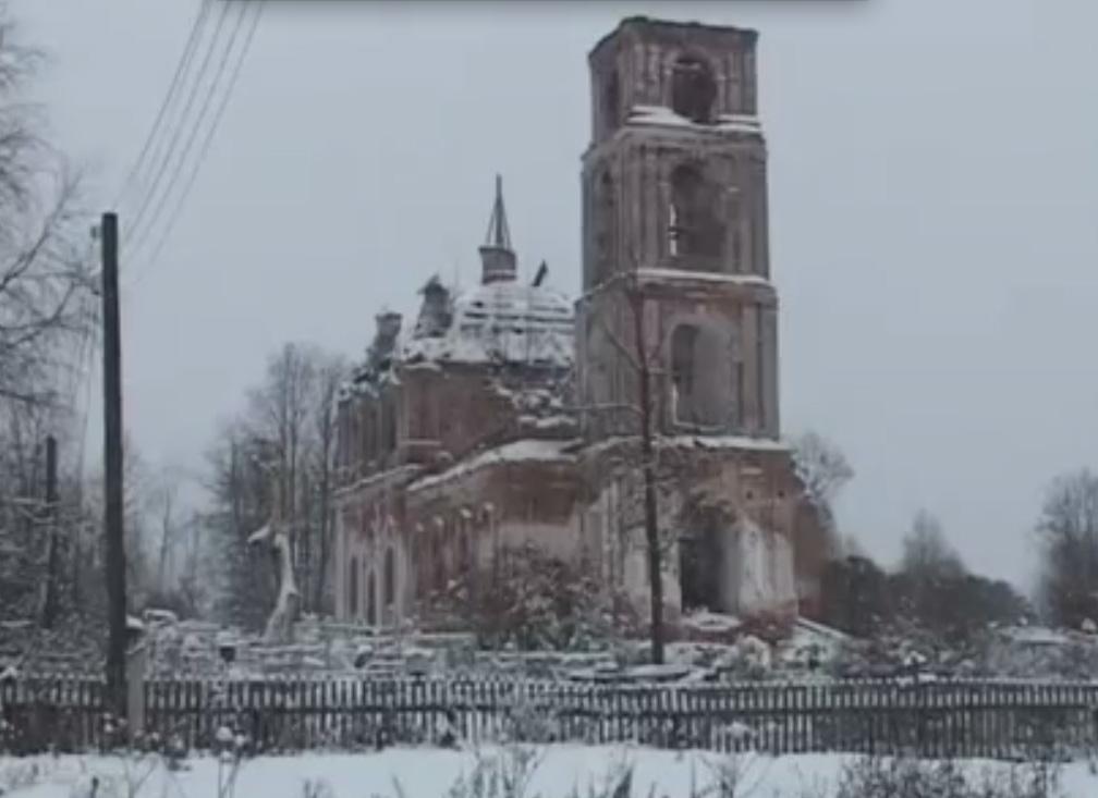 Жители села Шаготь Даниловского района решили самостоятельно восстановить местный храм