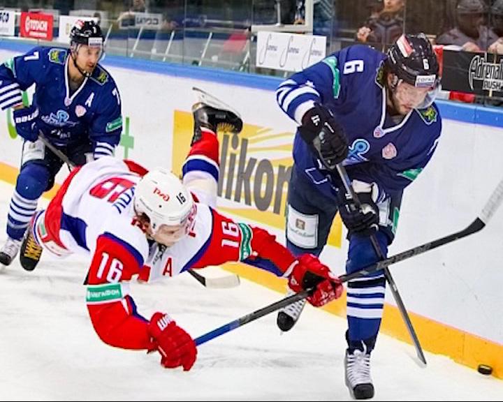 «Локомотив» завершил выездную серию поражением от «Адмирала» в серии буллитов