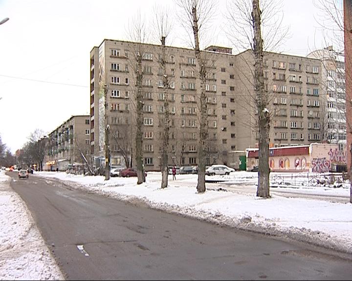 В Дзержинском районе появится бассейн